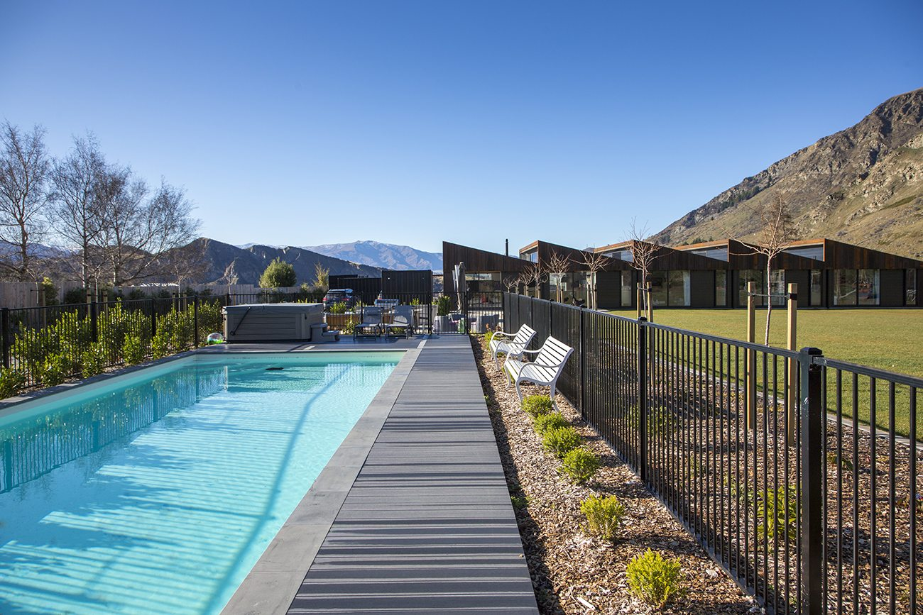 majordomo-the-sawtooth-house-pool