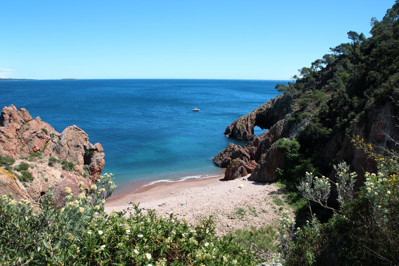 The Best Hidden Beaches In The South Of France And Cote D Azure