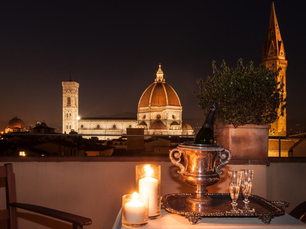 Palazzo-Santa-Croce-Duomo-Florence-Carpe-Diem-Luxury-Travel-UltraVilla