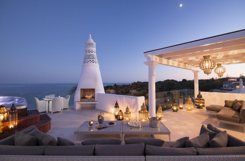 Villa-Trevo-Rooftop-Terrace-Algarve-Vila-Vita-Collection-UltraVilla
