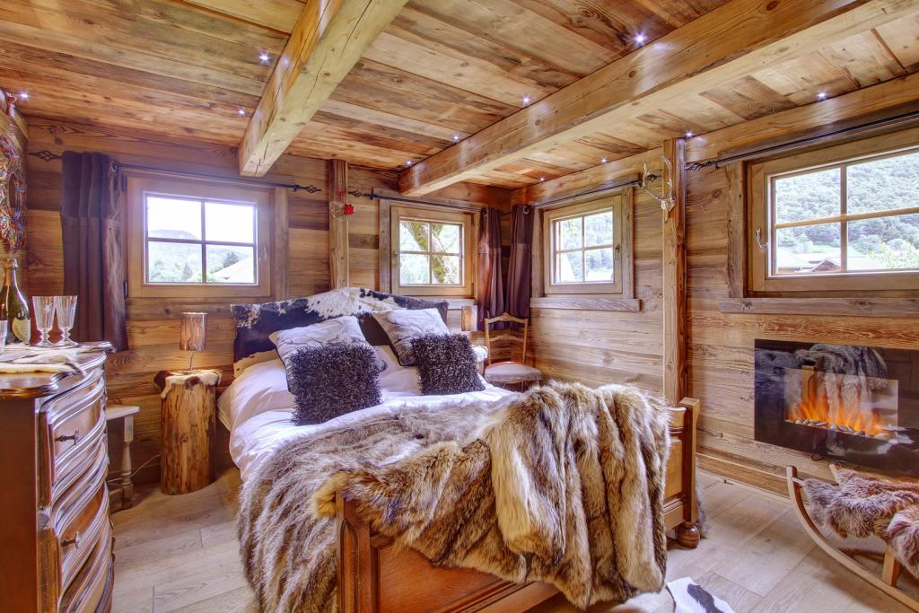 La-Petite-Ferme-Bedroom-Morzine-Ultimate-Luxury-Chalets-UltraVilla