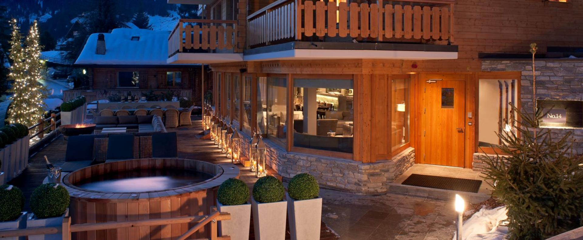 Exterior-No-14-Verbier-Ultimate-Luxury-Chalets-UltraVilla
