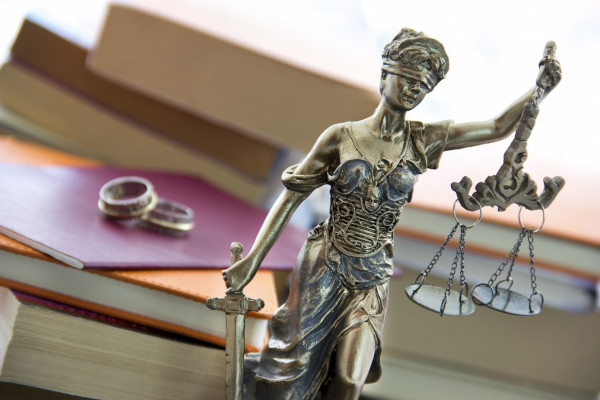 Divorce proceedings and financial disputes to be separated