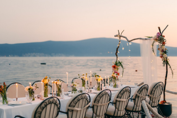 Submarines and aquariums: where can I get married?