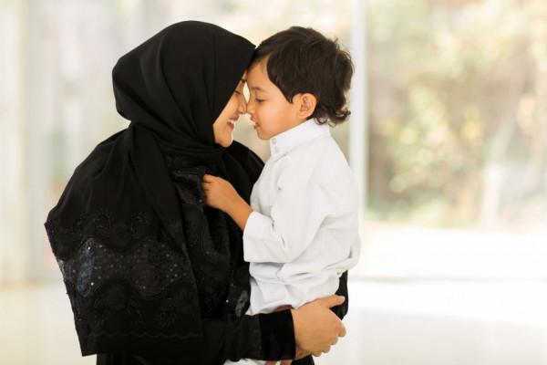 Divorced Saudi women win child custody rights