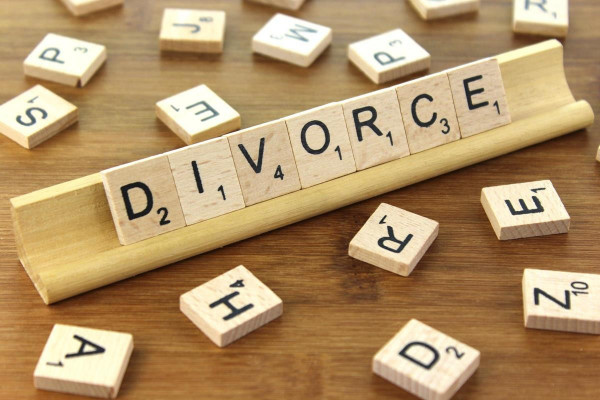 New ONS figures show divorce rates rose in 2016 for opposite-sex and same-sex couples