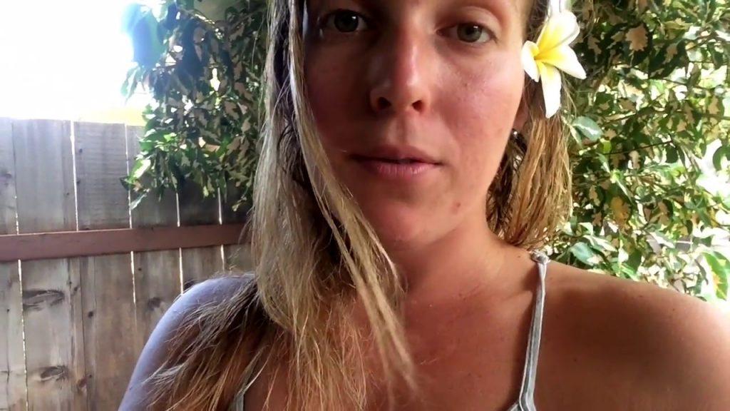 MY TRIP TO HAWAII : SURF WSL PIPELINE, VEGAN FOOD, BEACH ♡