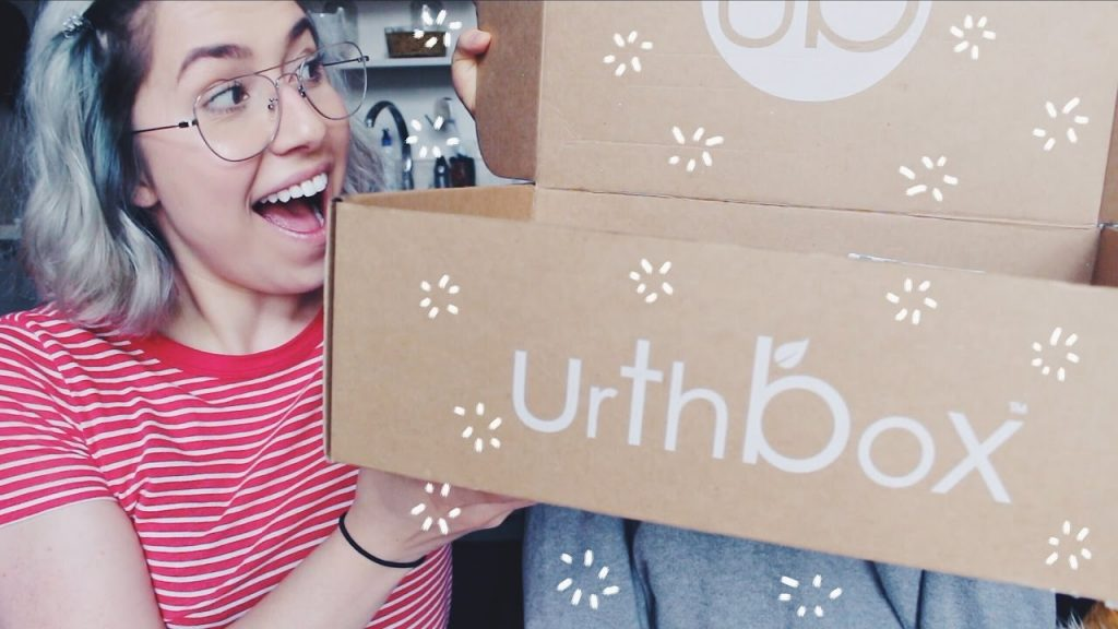 Urthbox Unboxing + Taste Test | Vegan Snacks