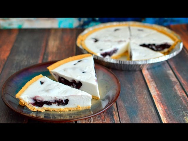 Vegan Blueberry Stuffed Coconut Cream Pie – No Bake!