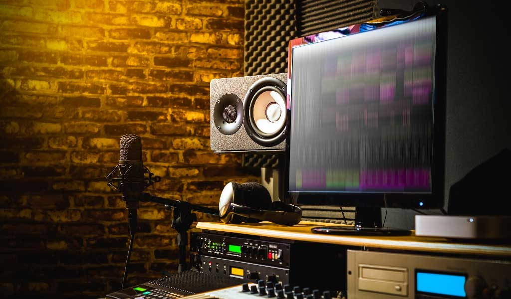 Now is the Time for All Performers to Set-Up a Home Recording Studio