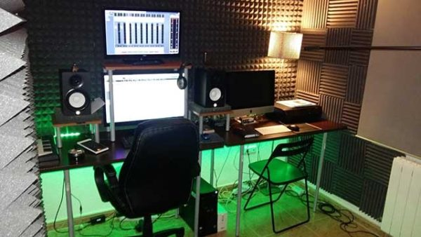 Spanish Voice Actor Eduardo Bosch' home recording studio setup