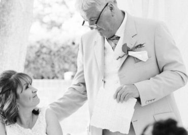 Top Tips for Writing a Touching Wedding Toast