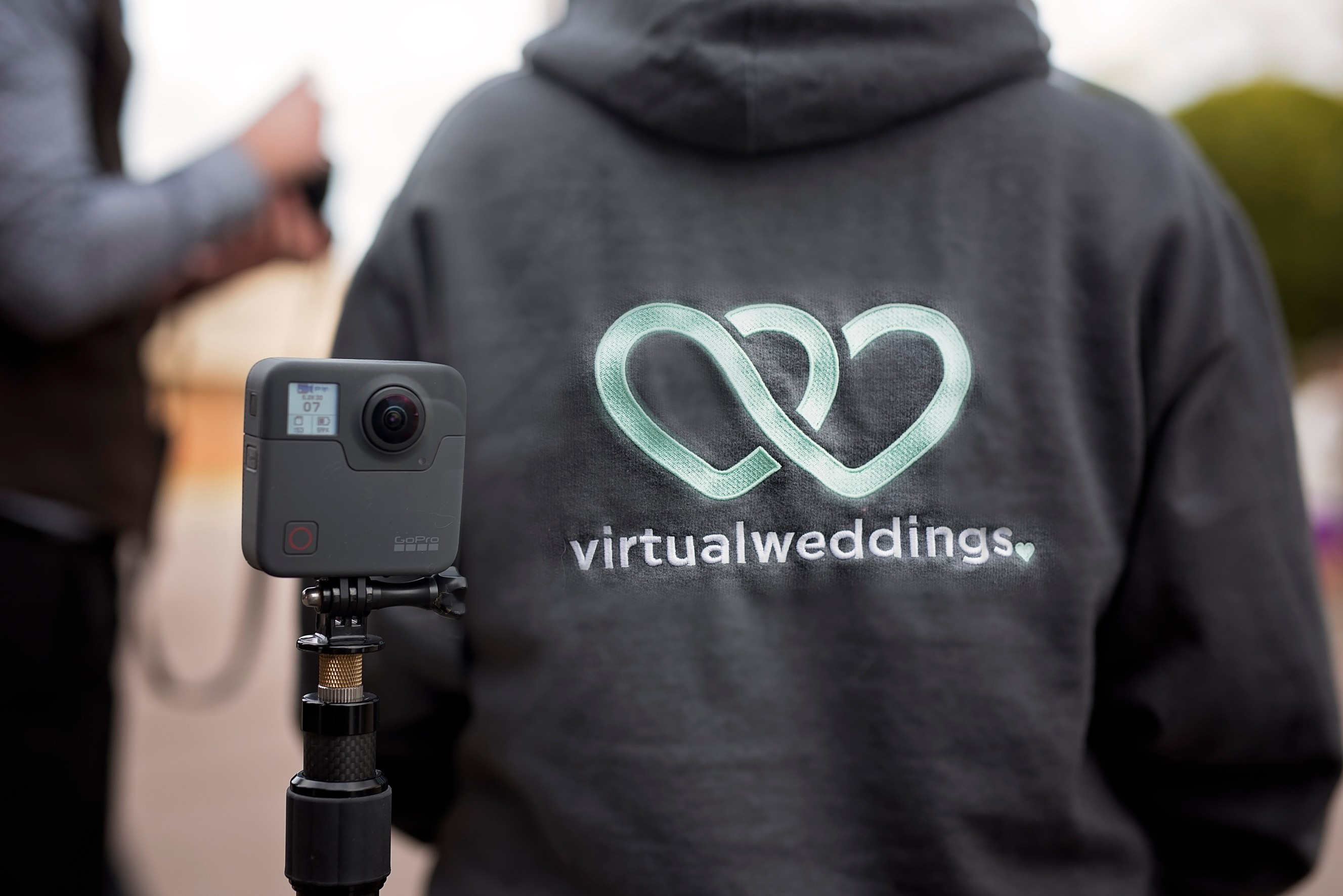 Virtual Weddings: Relive your wedding day