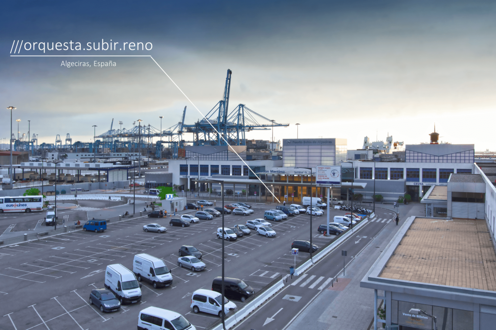 Passengers find their way around the Port of Algeciras more easily ...