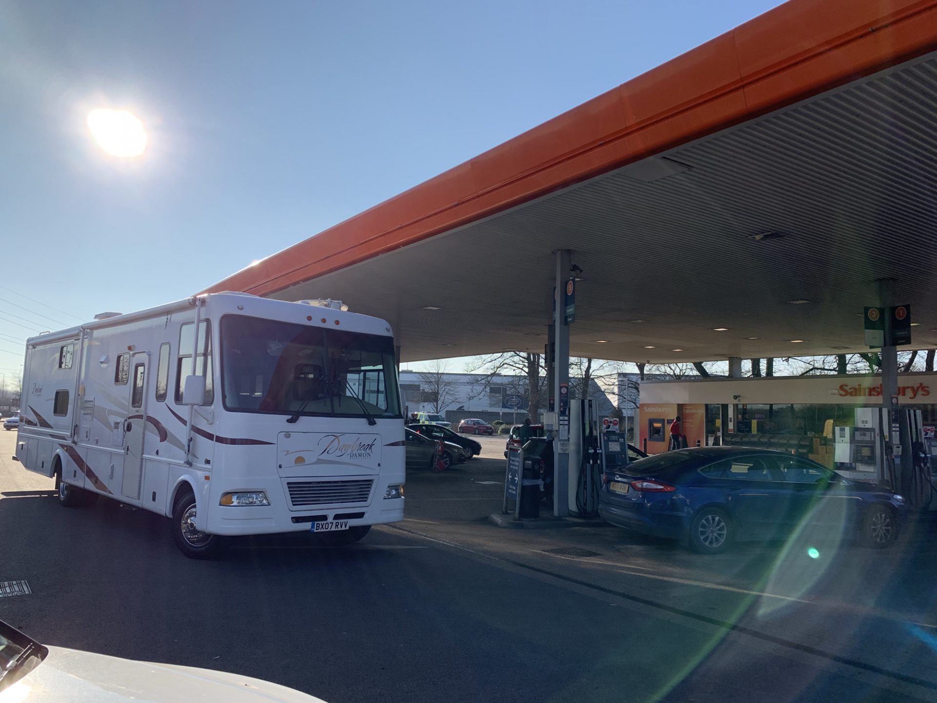 Our RV is blocking several fuel pumps while waiting to get onto the LPG pump we need