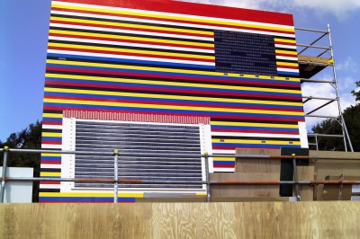Build a house with Lego - for Real