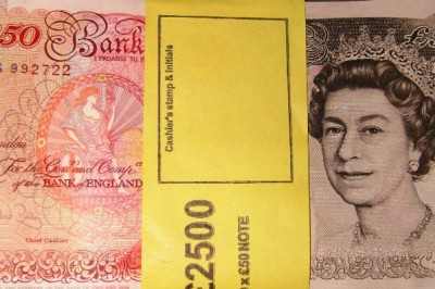 Labourer Legs It After Being Caught Shopping with Counterfeit Cash