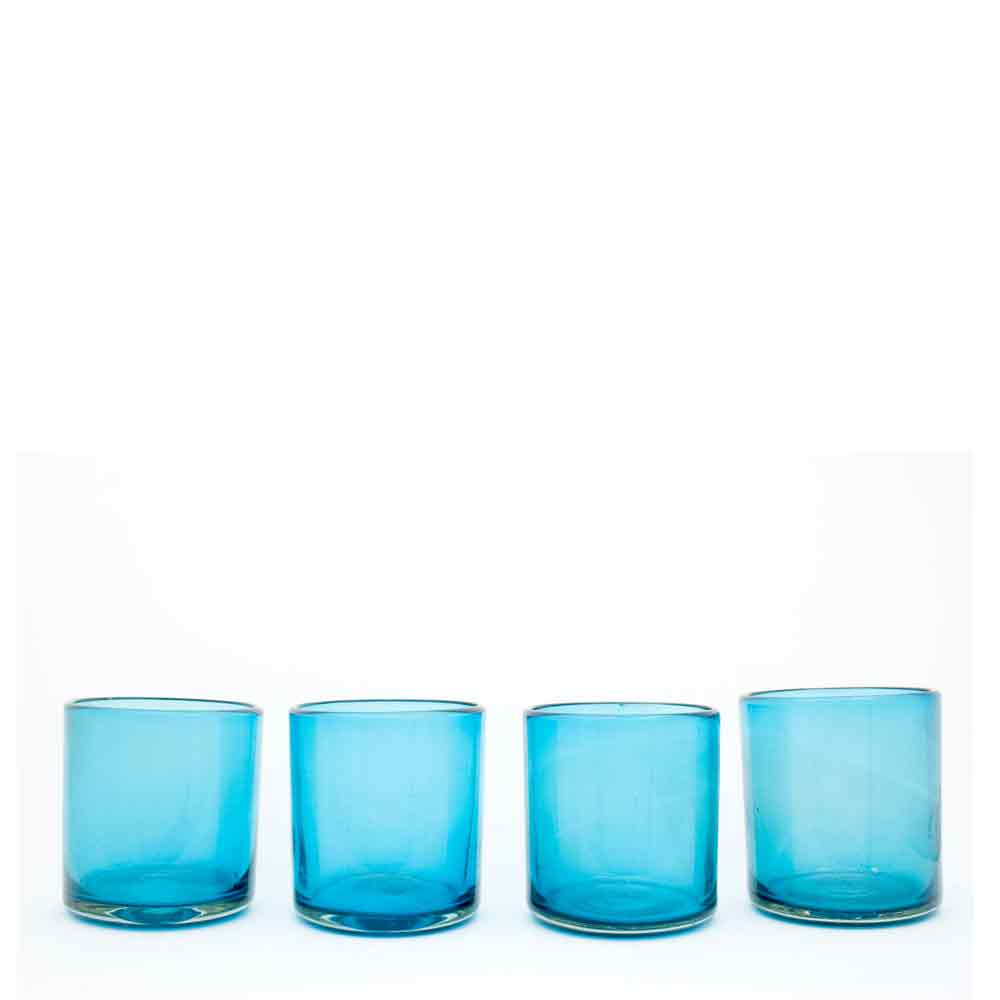 turquiose roca tumbler hand made in Mexico from recycled glass