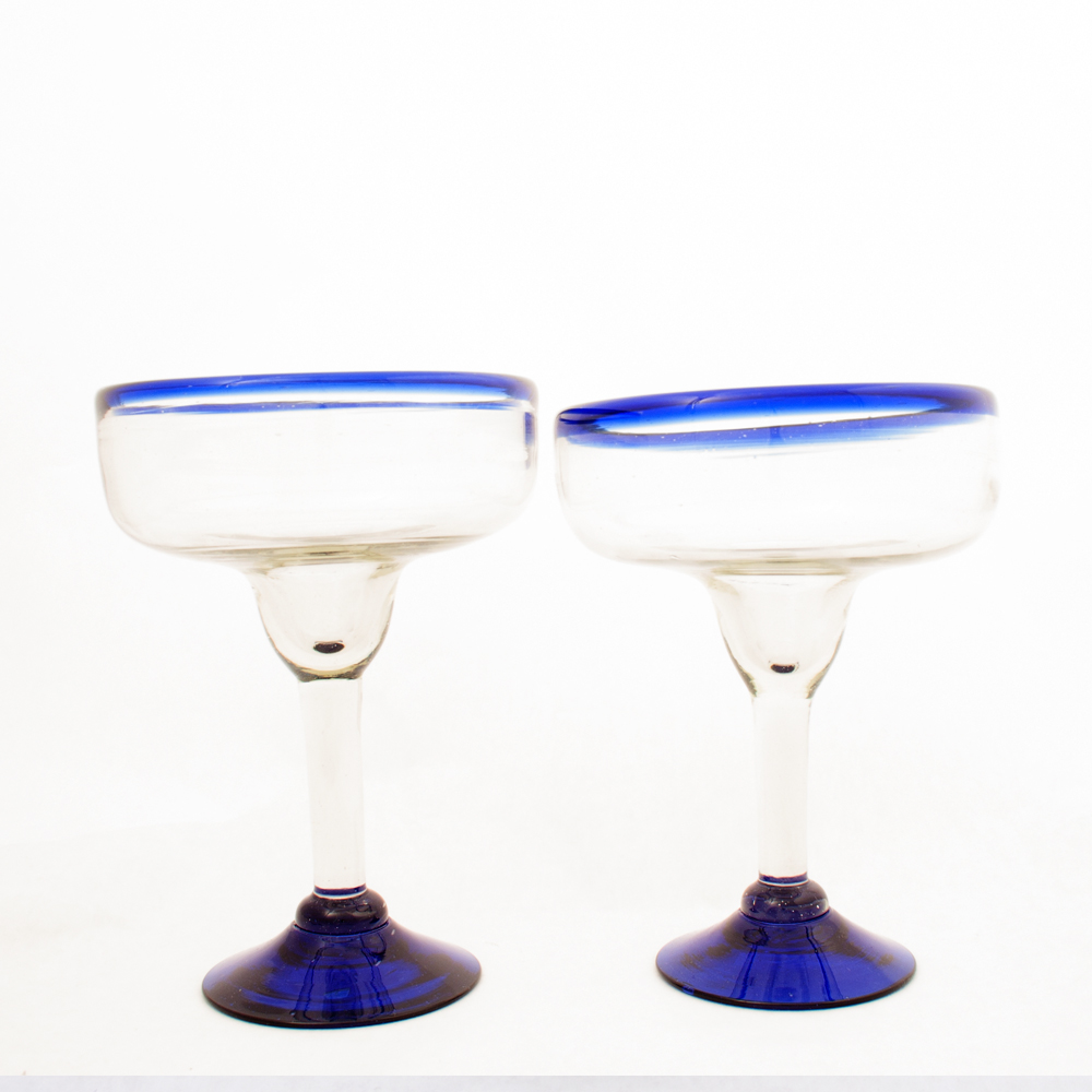 cocktail clear blue glasses