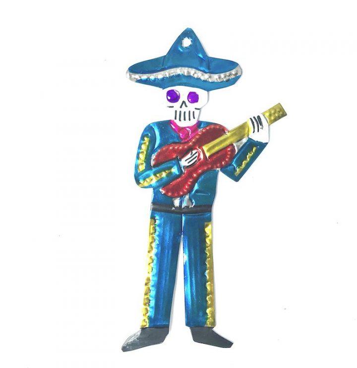 Tin mariachi with guitar