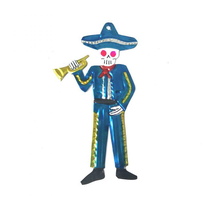Tin mariachi with trumpet