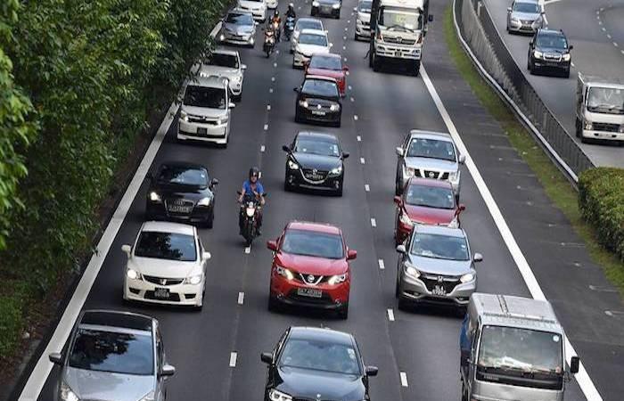 singapore-traffic