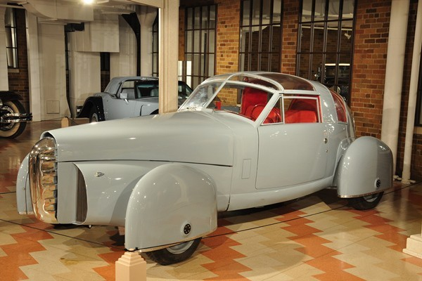 1948-Tasco-prototype-left-front-