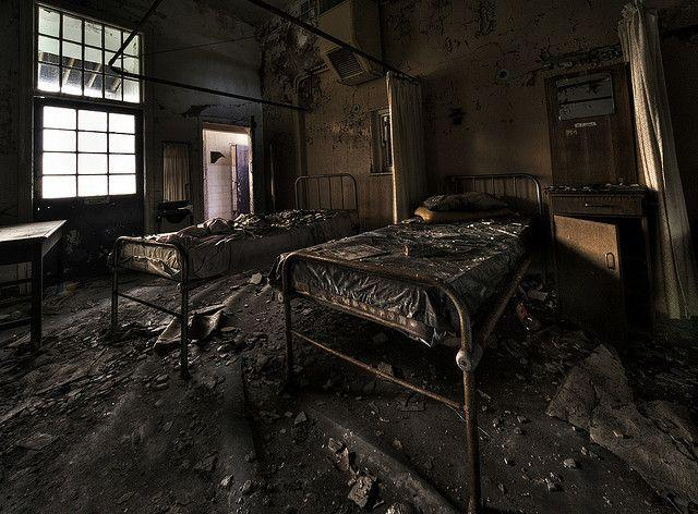 cane-hill-asylum-ghosts-hauntings