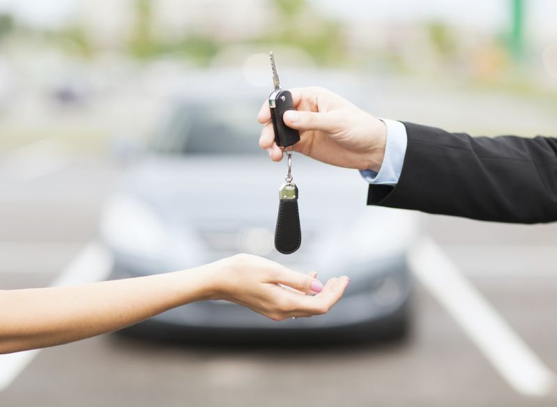 Dealer or Private Seller: which is better?